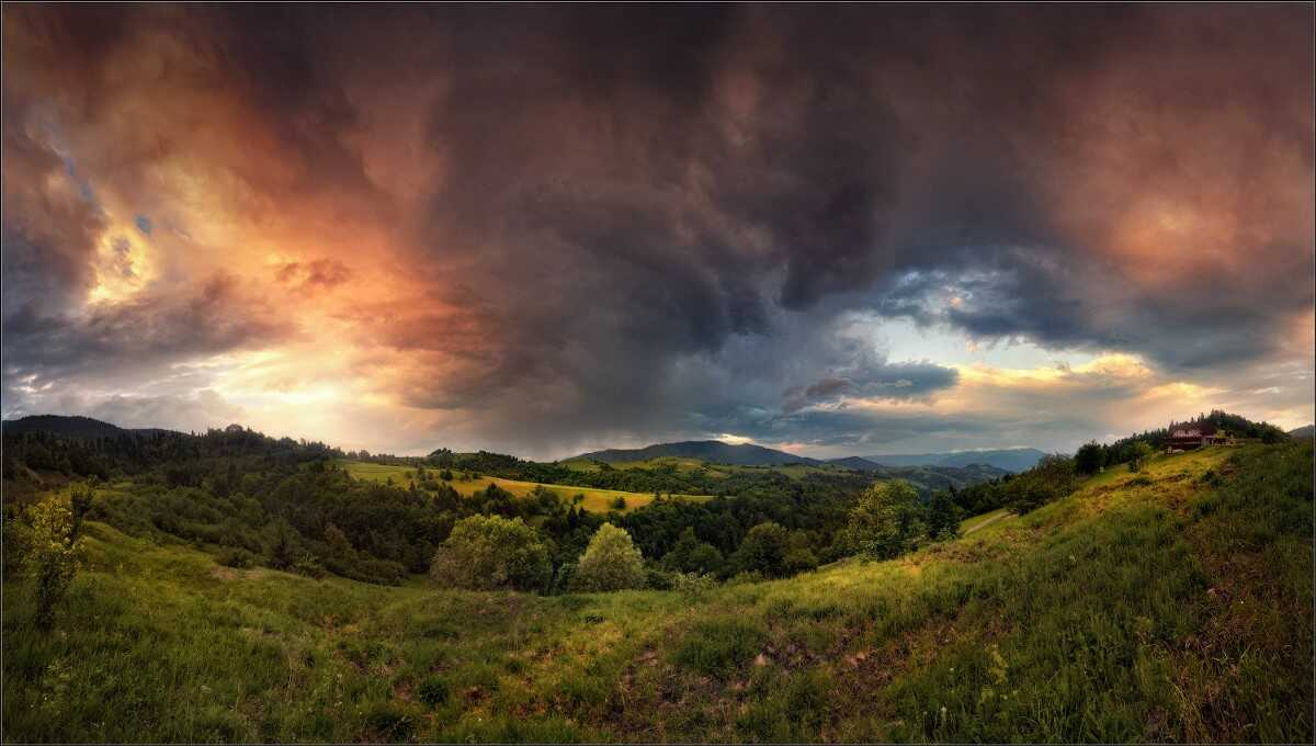 """Spectacular dawn"" Nikon D90 + Sigma 10-20/4-5.6 + Cokin ND4x; Panorama of 12 vertical shots without bracketing"